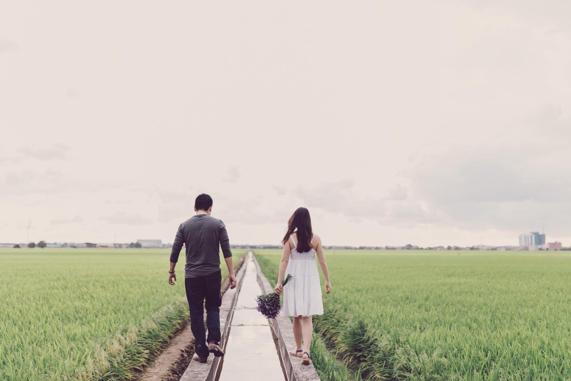 3-hellojanelee-couple-prewedding-malaysia-sekinchan-photoshoot